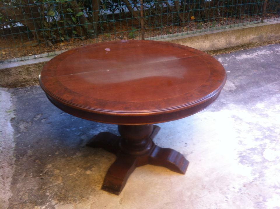 Tavolo in noce allungabile usato bakeca parma for Arredamento usato parma